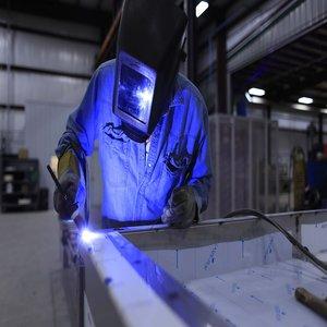 """Кои са допустимите  кандидати по процедура """"Подобряване на производствения капацитет на МСП""""?"""